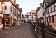 Annweiler am Trifels ~ Rheinland-Pfalz ~ Germany