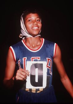 Pictures of Women at the Summer Olympics: 1960 - Wilma Rudolph Women In American History, African American Women, American Story, 1984 Olympics, Summer Olympics, Jackie Joyner Kersee, Wilma Rudolph, Shot Put, Star Wars