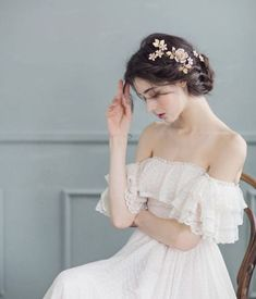 Princess Aesthetic, Aesthetic Girl, Hey Girl, Ulzzang Girl, Girl Photography, Belle Photo, Cute Girls, Beautiful Dresses, Beautiful People