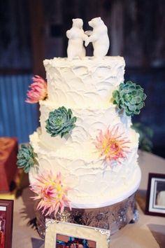 Rustic Wedding Cake   Photo Credit: ForeverPhotographyStudio