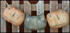 Primitive Pumpkins Black Cat JOL Garland Halloween by Hickety Pickety