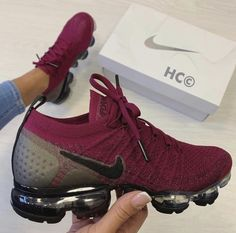 Cute Sneakers Shoes Sneakers Air Max Sneakers Hot Shoes Adidas Sneakers Look Com Tenis Nike Air Vapormax Sneaker Boots Nike Shox Nike Air Shoes, Nike Air Vapormax, Nike Air Force, Cute Nike Shoes, Nike Presto, Cute Sneakers, Shoes Sneakers, Presto Sneakers, Crazy Shoes