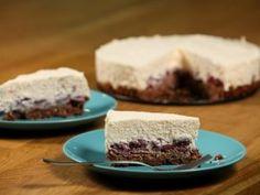Csokoládés-kukoricapelyhes sajttorta | NOSALTY Cheesecake, Food, Cheesecake Cake, Cheesecakes, Essen, Cheesecake Bars, Yemek, Meals