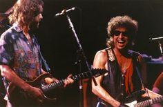 1987 ESSAYS ON BOB DYLAN BY JIM LINDERMAN: Oodles of Crispy live Noodles. Bob Dylan and the Grateful Dead Archive Live