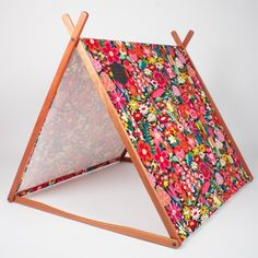 Wonder Tent - great-looking product. Wonder how easy it would be to make.