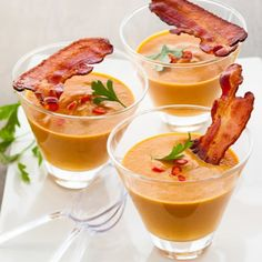 Bacon Jalapeño Butternut Squash Soup - Had lots fo squash flavor, with the slight detection of the jalapeños and bacon. Restaurant quality soup that I will be making again. Antipasto, Tapas, Paleo Recipes, Cooking Recipes, Bacon Soup, Stuffed Jalapenos With Bacon, Xmas Dinner, Party Finger Foods, Butternut Squash Soup