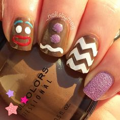 Shrek's Gingy. And some chevron