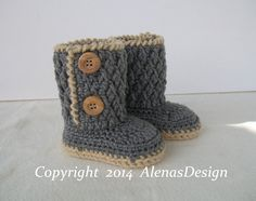 *Crocheted Two-Button Toddler Booties. Shoe Size:5 Ready to ship. You are welcome to order my Crochet Toddler Booties which are 100% acrylic