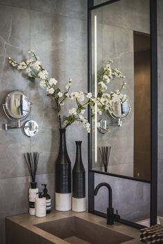 138 of the most exciting bathroom design trends for 2020 39 Bathroom Inspiration, Home Decor Inspiration, Decor Ideas, Bathroom Counter Decor, Bathroom Ideas, Zen Bathroom Decor, Bathroom Green, Budget Bathroom, Bathroom Renovations