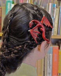 Fantasy Dragon Hair Clips: I need one of these.