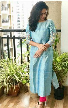 Silk Kurti Designs, Simple Kurta Designs, Salwar Designs, Kurta Designs Women, Blouse Designs, Latest Kurti Designs, Indian Fashion Dresses, Indian Designer Outfits, Indian Outfits