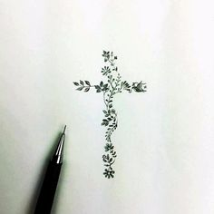 Cross tattoo made of children's birth month flowers - Art - Tattoo-Ideen Wörter Tattoos, Hawaiianisches Tattoo, Hand Tattoos, Jesus Tattoo, Tattoo Motive, Piercing Tattoo, Get A Tattoo, Back Tattoo, Flower Tattoos