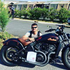 Indian Motorbike, Vintage Indian Motorcycles, Motorcycle Tips, Motorcycle Style, Indian Scout Sixty, Harley Davidson, Indian Motors, Cool Motorcycles, Trucks