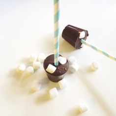 I dag har jeg laget kakao på pinne. Eller rettere sakt kakao på papirsugerør (kjøpt på kremmerhus... Christmas Time, Christmas Gifts, 15th Birthday, Christmas Inspiration, Jul Diy, Diy And Crafts, Homemade, Baking, Bullshit