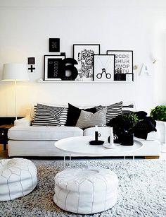 Afortunadamente la moda de las paredes desnudas va tocando a su fin. La fotografía artística y la enorme oferta de obra gráfica, pintura, litografías… permiten que decoremos alguna pared de nuestra casa como si formara parte de un espacio de arte. Parece fácil, pero no lo es; aquí vamos a …