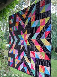 all polka dots half square triangle quilt Amische Quilts, Star Quilts, Quilt Blocks, Star Blocks, Quilting Projects, Quilting Designs, Quilting Ideas, Puff Quilt, Half Square Triangle Quilts
