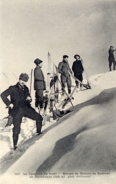 Skiers at the summit of Belledonne (2981m) in the Dauphine Alps 1907   snowzine.com