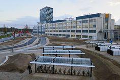 nieuw station Nijmegen Goffert 2015 Mansions, House Styles, City, Outdoor Decor, Home Decor, Decoration Home, Manor Houses, Room Decor, Villas