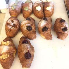 PRONTE!! Vi aspettiamo!! ☀️ #brioches #croissant #freshfromtheoven #pastry #pastrychef #breakfasttime #breakfast #breakfastlover