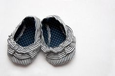 Adorable baby shoe pattern (free)