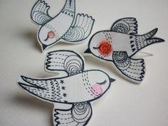 Bird hand drawn pin - shrink plastic jewelry by Debbie Terry https://www.etsy.com/shop/Atthelittlehouse