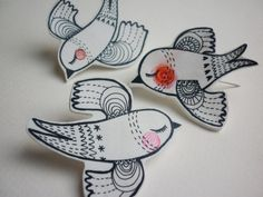 Bird hand drawn pin badge / brooch