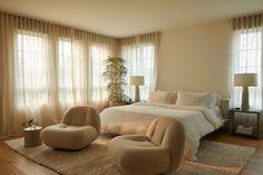 Master Bedroom, Bedroom Decor, Bedroom Inspo, Bedroom Neutral, Bedroom Inspiration, Bedroom Ideas, Appartement Design, Home And Deco, Step Inside