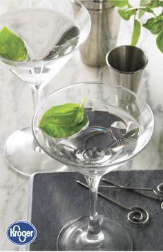 Try out a new signature cocktail this summer with this recipe from Inspired Gathering for a Basil Martini. You and your summer party guests are sure to love that this vodka-based drink embraces a perfect balance of fresh flavors! Martini Recipes, Refreshing Cocktails, Summer Drinks, Agave Nectar, Signature Cocktail, Party Guests, Tasty Dishes, Vodka