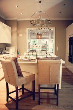 White Living: renovation & dreamhouse