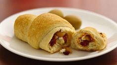 Holiday Crescents- Chef Marcel Cocit offers an easy holiday Crescent recipe bursting with bold, savory flavors. So easy and soooo good! Loved them! Recipe Using Pillsbury Crescent Rolls, Pillsbury Recipes, Crescent Roll Recipes, Cresent Rolls, Thanksgiving Side Dishes, Thanksgiving Recipes, Christmas Recipes, Christmas Stuff, Holiday Recipes