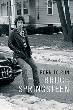 In Bruce Springsteen and the E Street Band performed at the Super Bowl's halftime show. The experience was so exhilarating that Bruce decided to write about it. That's how this extraordinary autobiography began. Books 2016, New Books, Good Books, Books To Read, 2017 Books, Amazing Books, Bruce Springsteen, Roy Orbison, New York Times