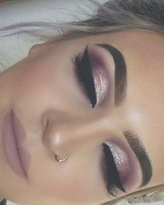 Trending Smokey Eye Makeup Ideas 2018 2019 29 - #EyeMakeupGlitter Curly Hair Styles, Natural Hair Styles, Eyeliner, Eyeshadow, Makeup 2018, Prom Makeup, Wedding Makeup, Chanel, Glitter