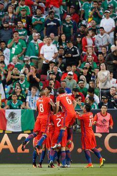 Chile NT celebrate.  Copa America.