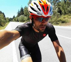 #Repost @unanue3 #Anglès #Girona #cycling #taymory #taymorylife #pluton