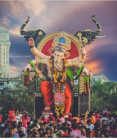 There are many different types of God Ganesh pic collection Ganesh Chaturthi Photos, Happy Ganesh Chaturthi Images, Shri Ganesh Images, Ganesha Pictures, Lord Ganesha Paintings, Ganesha Art, Ganesha Tattoo, Ganesh Lord, Jai Ganesh