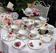 Vintage mismatched china tea set for a Mad Tea Party by cake-stand-heaven, via Flickr