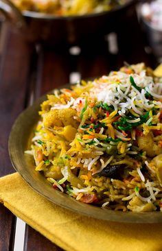 Hyderabadi Vegetable Biryani recipe is a traditional and popular recipe served across all joints, stalls in India. Also known as Tahiri or Tarkari Biryani. Indian Food Recipes, Vegetarian Recipes, Cooking Recipes, Healthy Recipes, Vegetarian Biryani, Arabic Recipes, Veg Recipes Of India, Hyderabadi Biryani Recipe, Veg Biryani Recipe Indian