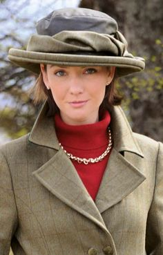 Very Country House Colours! Another Tweed and Wax Bow Hat from House of Bruar