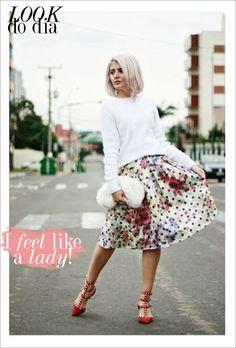 Look do dia saia midi estampada blogueira youcom sapato valentino Amanda Inácio 01 copy