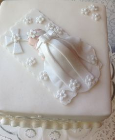 Fondant baby girl-would be so sweet for baptism