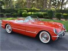 1955 Chevrolet Corvette. I may have accidentally found the car pages on Pinterest. (Oh no)