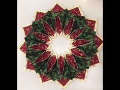 Create Wreaths & Toppers With Fold'n Stitch Kits (Ep. 210) - YouTube