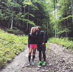 Happy before the climb  #mountains #zilina #slovakia #fatra #malafatra #hiking #hike #forest #nature #lovehiking #scenery #love #happy #turisti