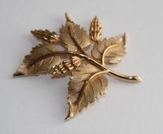 Mid Century Trifari Autumn Leaves Gold Brooch