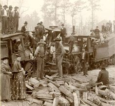vintage everyday: Texas in Early Photography – 32 Rare Photographs Show Everyday Life in The Lone Star State Before 1900 Locomotive, Old Photos, Vintage Photos, Rare Photos, Vintage Stuff, Orient Express Train, Wild West Outlaws, Trains, Pioneer Life