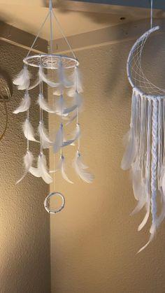 Click the link to purchase! 🤍 Dream Catcher Patterns, Dream Catcher Decor, Dream Catcher Mobile, Dream Catchers, Diy Crafts For Home Decor, Diy Crafts Hacks, Diy Crafts For Gifts, Diy Dream Catcher Tutorial, Bijoux Fil Aluminium