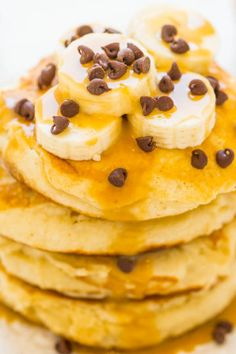 Peanut Butter Banana Protein Pancakes – Light, fluffy, EASY pancakes that pack 13+ grams of PROTEIN per serving!! The peanut butter-infused maple syrup is rich, decadent, and you'll never settle for plain maple syrup again!! If you're looking for extremely easy pancakes that are soft, fluffy, light, and pack extra protein look no further than this …