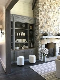 Lighten up your bookshelves ! They don't need to hold everything that you have ever owned! Meridy King Interiors