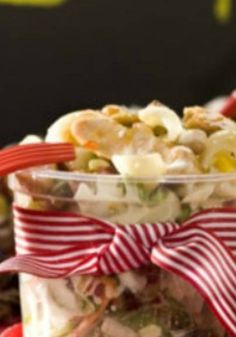 Pupil's Pasta Salad, an easy salad that will not fall apart in the lunchbag. Back to school!