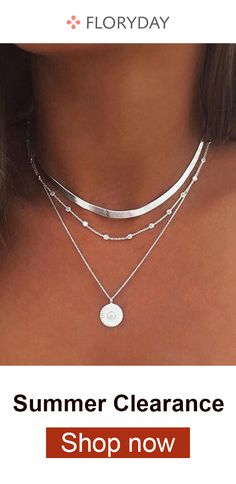 Round no stone pendant necklace, stunning, fashionable, summer. Simple Necklace, Simple Jewelry, Cute Jewelry, Pearl Jewelry, Boho Jewelry, Silver Jewelry, Jewelry Accessories, Jewelry Necklaces, Jewelry Design